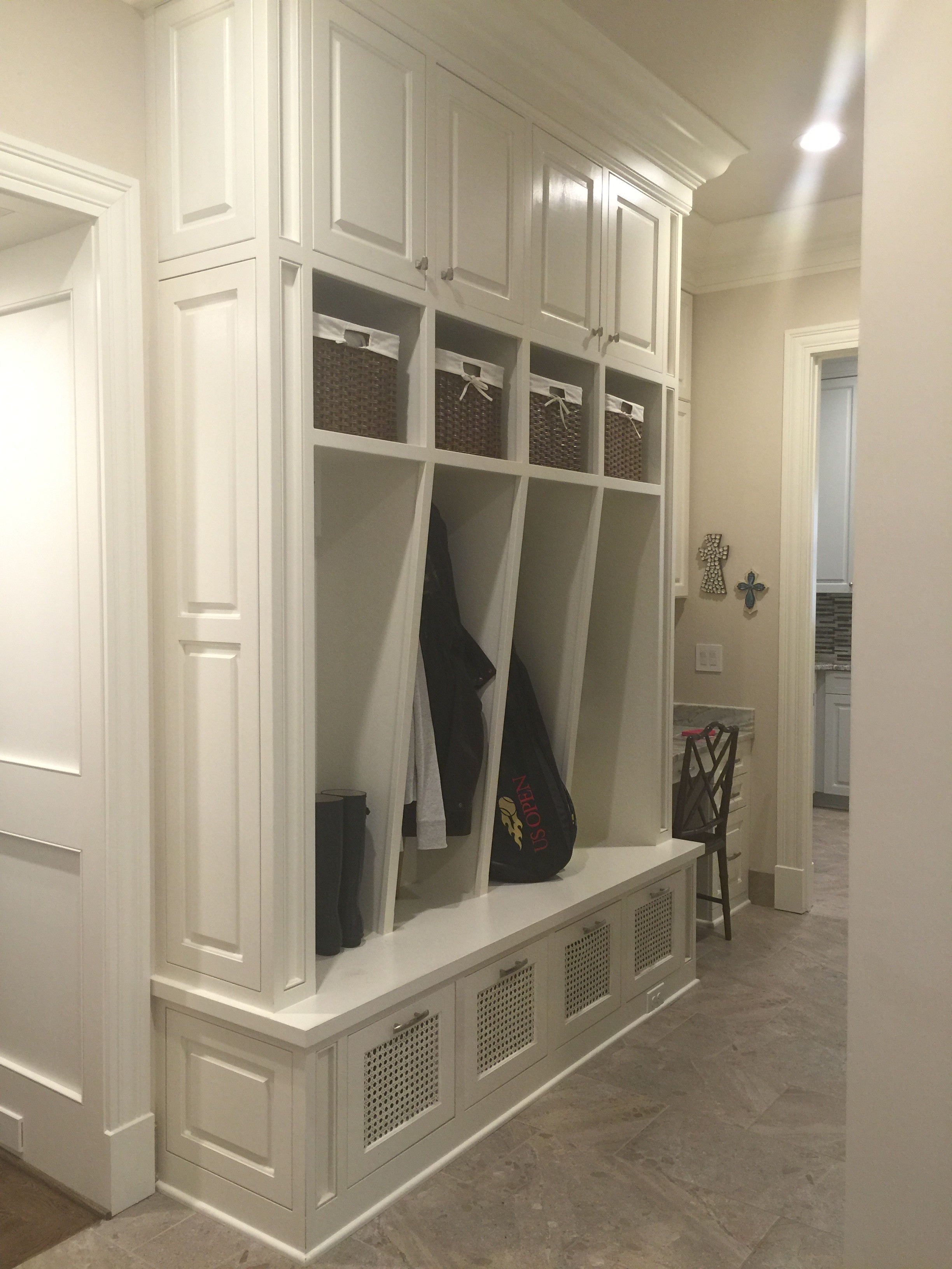 Christy Davis Interiors: Why we Love our Side Entry Cabinets